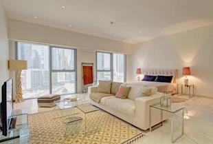 Driven Holiday Homes Elegant Studio Central Park
