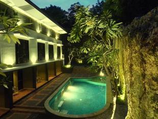 白石小屋旅館White Rock Lodge