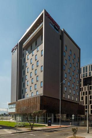波哥大機場希爾頓漢普頓酒店