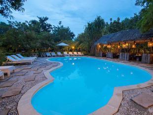 棕櫚鄉村Spa度假村飯店Palm Village Resort & Spa