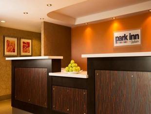 多倫多萬錦市麗柏飯店Park Inn by Radisson Toronto-Markham
