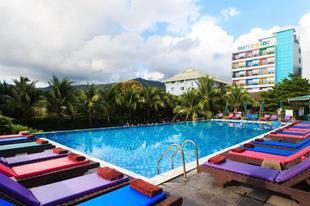 蘇梅島垂直顏色酒店