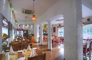 迪吾萊尼瓦斯酒店