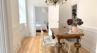 Bright newly renovated apartment in Old Town