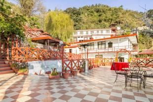 1 BR Guest house in Bhatta Gaon, Mussoorie (BEA1), by GuestHouser