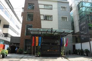 安比恩圖勒飯店The Ambient Turret Hotel