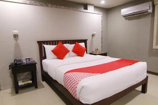 OYO103 - 阿蒂納套房飯店OYO 103 Artina Suites Hotel