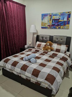 Studio Cozy Homestay @ Trefoil Setia City