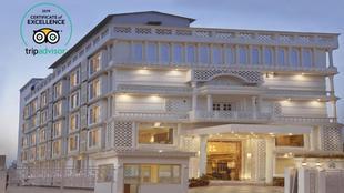 斯特林阿格拉酒店
