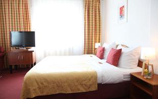 艾瑪迪斯城市酒店