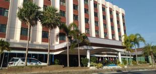 河景大飯店River Grand Hotel