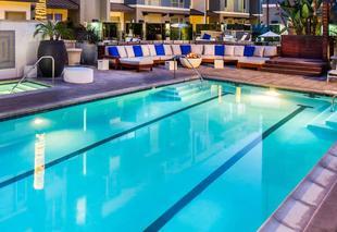 洛杉磯市中心大住宅飯店