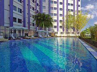 藍色公寓 Condo at Blue Residences
