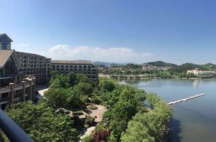 杭州中都青山湖畔大酒店Hangzhou Wonderland Hotel