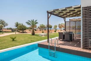 Kayra Apartment with Private Pool