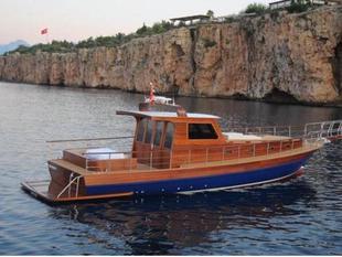 藍色觀光船