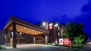 最佳西方Plus巴瑟斯特套房飯店Best Western Plus Bathurst Hotel and Suites