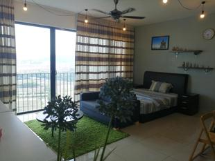 Studio Trefoil Setia Alam Near Setia City Mall