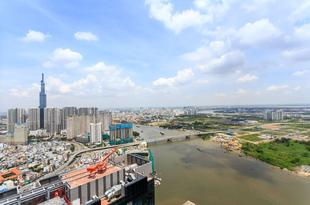 頂層全景酒店 Panorama View on Top Floor