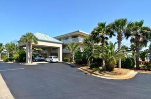最佳西方納瓦拉水岸飯店Best Western Navarre Waterfront
