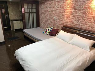 Taipei Ximen Apartment-Economy Quadruple Room-706