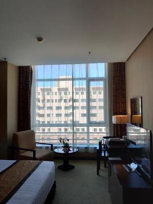 天津惠中酒店