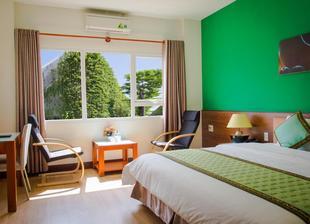 西貢海防芽飯店Sai Gon Phong Nha Hotel
