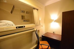 熊本膠囊酒店 Kumamoto Capsule Hotel