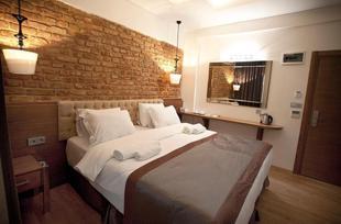 貝伊奧盧的1臥室公寓 - 22平方公尺/1間專用衛浴 PERA LINE HOTEL 2 Minutes Taxim SQUARE