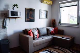 Apartment Feel like home