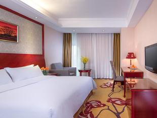 維也納酒店深圳寶安翻身地鐵站店