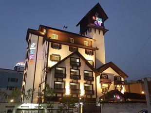 多倫多酒店Toronto Hotel