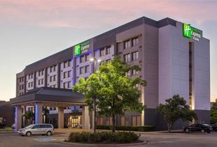 多倫多西南米西索加智選假日酒店及套房