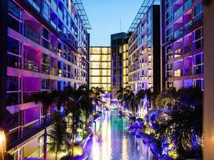 芭達雅盛泰樂藍天飯店Centara Azure Hotel Pattaya