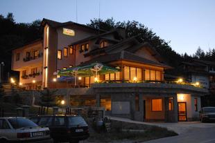 Blyan Family Hotel