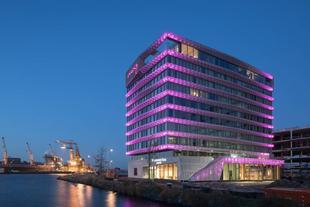阿姆斯特丹歐塔溫慕奇夕酒店Moxy Amsterdam Houthavens