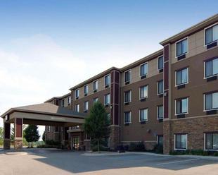 卡姆斯托克帕爾克北大激流城舒適套房飯店Comfort Suites Grand Rapids North Comstock Park