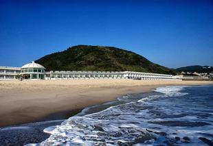 白宮行館沙灘溫泉渡假村 White House Beach Resort