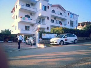 布吉里維拉公園酒店Hotel Vila Park Bujari