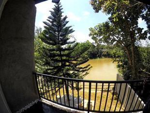 河景旅館RiverView Lodge