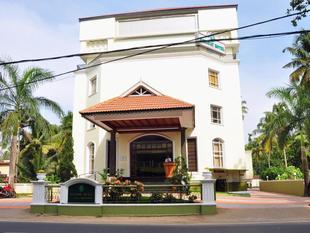舍蘭假日飯店 Holiday Hotel Cherai