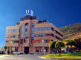 潘普洛納維拉瓦酒店