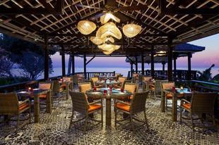 喜來登聖吉吉海灘度假村Sheraton Senggigi Beach Resort