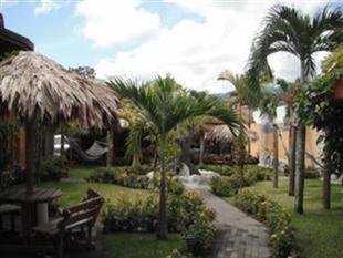 阿雷納爾度假青年旅館Arenal Hostel Resort