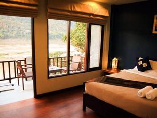 Mekong Moon Inn II Riverside