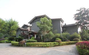 陽朔江灣酒店 Yangshuo Dragon River Retreat Hotel