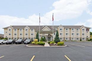 最佳西方Plus伍德斯托克套房旅館Best Western Plus Woodstock Inn Suites