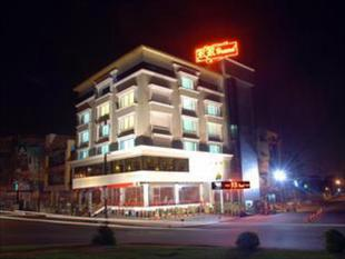R R大飯店R R Grand Hotel