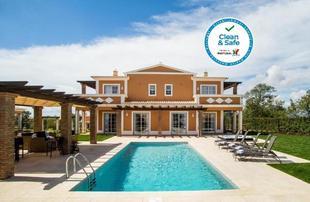 Colina Villas with Private Pool