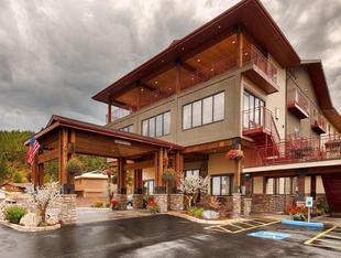 最佳西方Plus弗拉特黑德湖套房旅館Best Western Plus Flathead Lake Inn and Suites